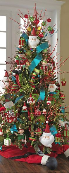 christmas tree ideas turquoise Turquoise Christmas Decoration Ideas for 2019 To Spread Peace, Grace amp; Whimsical Christmas, Beautiful Christmas Trees, Colorful Christmas Tree, Christmas Tree Themes, Magical Christmas, Noel Christmas, Green Christmas, Christmas Colors, Christmas Tree Decorations