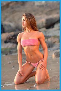Bikini Competition Prep, Figure Competition, Bikini Body Fast, Macro Meal Plan, Flat Stomach Fast, Figure Model, Body Figure, Bikini Ready, Bikini Competitor