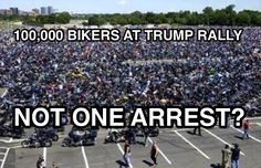 Photograph Shows 100,000 Bikers at Rally with Donald Trump : snopes.com