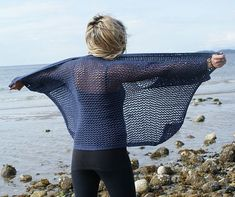 You should always have a cover up handy. Shawl Patterns, Sweater Knitting Patterns, Baby Knitting, Beach Sweater, Sweater Skirt, Cardigans For Women, Knit Crochet, Knits, Ravelry