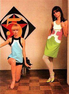 60s And 70s Fashion, 60 Fashion, Fashion Mode, Fashion History, Retro Fashion, Vintage Fashion, Fashion Design, Fashion Dresses, Fashion Beauty