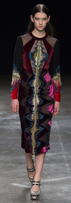 Mary Katrantzou_ London_ Fashion_ Week_ Outono_Inverno_ 2017_ 2018_005