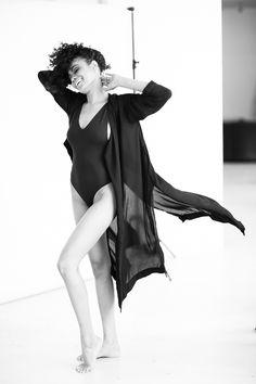 Ksenia Belova Photography Flowing dress Inspiration Happy model Studio photography