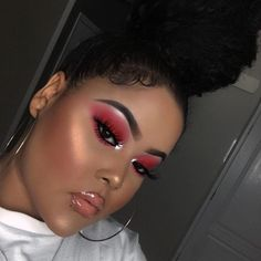 "15.2k Likes, 53 Comments - Juvia's Place (@juviasplace) on Instagram: ""Beautiful @yami.angelina ・・・KOGI from the Magic Palette and Sokoto from Saharan Palette. Reds are…"""