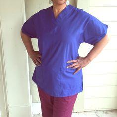 Royal Blue Unisex Scrub Top Royal Blue/Brand NEW/ Size Large/ 2 Bottom pockets/ Short Sleeve Scrubmate Tops Tees - Short Sleeve