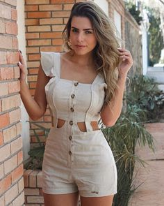 Cute Rompers for Women Classy Outfits, Casual Outfits, Cute Outfits, Mode Rockabilly, Luxury Lifestyle Fashion, Designer Dresses, Summer Outfits, Fashion Dresses, Fashion Clothes