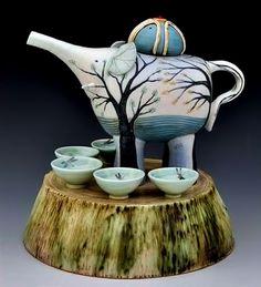 LOVE THE ELEPHANT!! yukari-kashihara-tea-pot