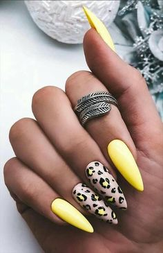 57 Chic Acrylic Yellow Nails Art for Spring Nails Design Latest Fashion Trends for . - 57 Chic Acrylic Yellow Nails Art for Spring Nails Design Latest Fashion Trends for Women # nägeldesign Spring Nail Art, Nail Designs Spring, Spring Nails, Summer Nails, Best Acrylic Nails, Acrylic Nail Designs, Nail Art Designs, Acrylic Art, Yellow Nails Design