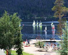 Sailing in grand lake colorado, one of my favorite memories Grand Lake Colorado, Colorado Cabins, Colorado Homes, Lake Mountain, Mountain High, Rocky Mountains, Colorado Mountains, Lake Water, Lake Cabins
