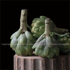 Simply Raw 2017 Wall Calendar: Vegetable Portraits by Lynn Karlin and Raw Food Recipes by Matthew Kenney. Click through to see the most recent edition!