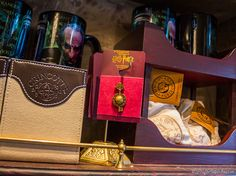 Gringotts Money Exchange « Harry Potter Theme Park – Wizarding World Harry Potter – Orlando – Florida