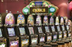 Slot machines Hotel Spa, Slot Machine, Jukebox, Favorite Things, Entertaining, Entertainment
