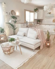 cozy living room Light, pastel colours automatically add a sense of elegance to a space. Cozy Living Room Design, Home Decor Inspiration, Home Living Room, House Interior, Apartment Decor, Cozy Living, Room Decor, Home Interior Design, Interior Design