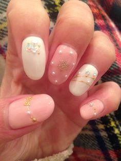 ピンク×ホワイト アクセネイル♡