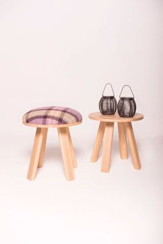 BuzziMilk Stool & Side Table