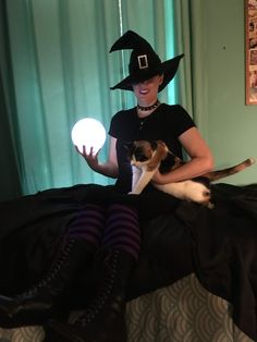 Cece's like what are we doing Steampunk Witch, Witch Costumes, Captain Hat