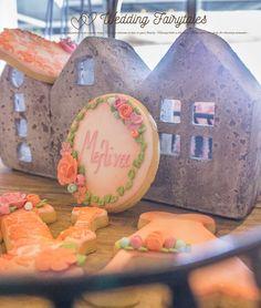 Wedding Fairy Tales - Wedding Planning Lemonade, Biscuits, Fairy Tales, Wedding Planning, Ideas, Food, Crack Crackers, Cookies, Essen