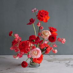 Order your flower arrangements for Portland delivery with Color Theory Design Co. We are a local Portland florist whose top priorities are quality and design. Exotic Flowers, Pretty Flowers, Silk Flowers, Purple Flowers, Ikebana, Floral Centerpieces, Floral Arrangements, Tall Centerpiece, Wedding Centerpieces