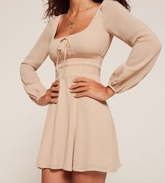 Reformation Petites Wilder Dress Source by clothes fashion dresses Casual Summer Outfits, Spring Outfits, Casual Dresses, Short Dresses, Fashion Dresses, Summer Dresses, Fashion Styles, Dresses Dresses, Simple Dresses