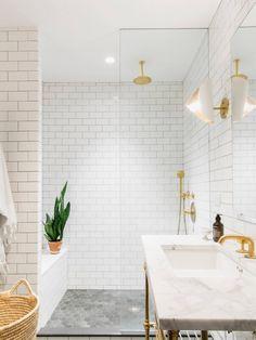 Bathroom | Park Slope Townhouse by Elizabeth Roberts | est living