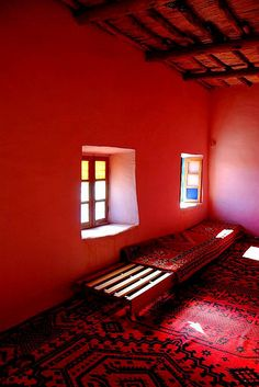 Trip to Morocco, travelling the Atlas mountains -521 large -    The Atlas mountains - a warm welcome to the most hospital MABROUK family, an 'Amazigh' or 'Berber' family with 10 children living in Taourirte, th...