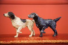 Vintage Pointer Dog Doorstops Cast Iron - Old New House® Pointer Puppies, Pointer Dog, Vintage Jars, Vintage Dog, Vintage Stuff, Lodge Look, Foo Dog, Ceramic Animals, Iron Doors
