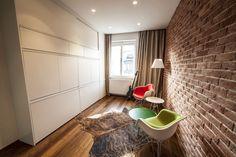 Skrytá pracovňa Tile Floor, Divider, Flooring, Rugs, Furniture, Home Decor, Farmhouse Rugs, Decoration Home, Room Decor