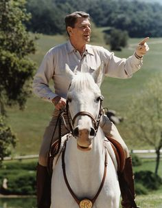 """Here is a picture of President Ronald Reagan riding his horse """"El Alamein"""" at Rancho Del Cielo on El Alamein was given to Reagan by the President of Mexico. Courtesy of Ronald Reagan Library. Greatest Presidents, American Presidents, Us Presidents, American History, American Pie, American Soldiers, British History, Native American, 40th President"""