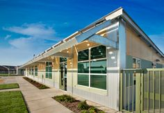 Atwater Valley Prefab School For At-Risk Students Opens in Merced County, California Classroom Layout, Eco Architecture, Green Building, Prefab, Sustainable Design, Solar, California, Mansions, House Styles