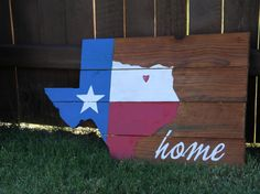 Items similar to Rustic Wooden Texas Shaped Flag Sign on Etsy Pallet Crafts, Pallet Art, Pallet Wood, Wood Pallets, Wood Crafts, Diy And Crafts, Texas Diy, Texas Crafts, Texas Home Decor