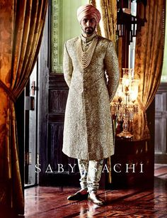Indian Groom Style- Ideas for Wedding Sherwani Designs for Men Mens Indian Wear, Mens Ethnic Wear, Indian Groom Wear, Indian Wedding Wear, India Wedding, Indian Men Fashion, Wedding Attire, Groom Fashion, Wedding Dress