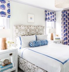 This oceanfront New Jersey home by interior designer Tharon Anderson is the epitome of coastal chic. Before striking out on her own, the decorator worked for Peter Penoyer Architects, and she clearly shares Katie Ridder's love of color. A Natucket native, Tharon approached the sunny home with a family friendly nautical vibe. I love the …