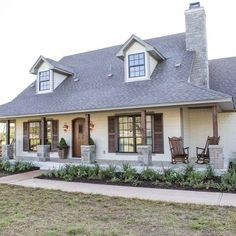 Modern Farmhouse Exterior Designs (4)