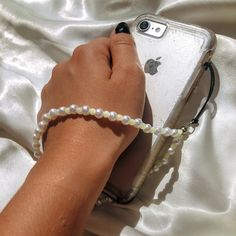Handmade Bracelets, Handmade Jewelry, Accessoires Iphone, Accesorios Casual, Bijoux Diy, Diy Necklace, Handmade Accessories, Jewelry Crafts, Beaded Jewelry