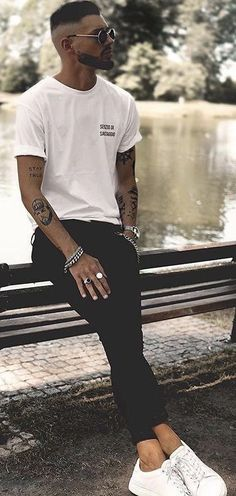 Fashion Show Themes Black Ideas Streetwear Summer, Streetwear Fashion, Cheap Mens Fashion, Trendy Fashion, Men's Fashion, Fashion Show Themes, Fashion Ideas, Fashion Inspiration, Sneakers Street Style