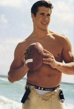 Brady Quinn - football