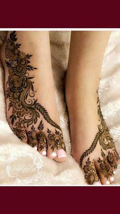 Wedding Henna Designs, Modern Henna Designs, Engagement Mehndi Designs, Arabic Henna Designs, Legs Mehndi Design, Latest Bridal Mehndi Designs, Full Hand Mehndi Designs, Mehndi Designs Book, Mehndi Designs For Beginners