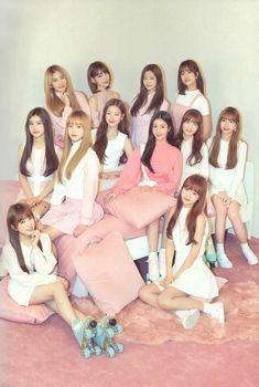 (Credits to the real owner/s) Kpop Girl Groups, Kpop Girls, Girl Day, My Girl, Fandom, Yuri, Eyes On Me, Japanese Girl Group, Jennie Blackpink