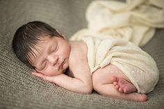 Columbus_Ohio_Newborn_Photographer_Bare_Baby_Photography, newborn wrapping ideas, newborn picture ideas, baby, photo, posing, pure, simple
