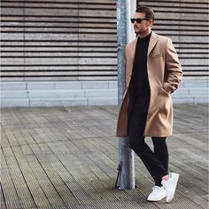 Lookbook Fashion Men - coolcosmos:   Sandro  [Coat : Zara Man]