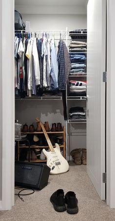 Closet lighting is a lovely way to illuminate and manage your storage space. Good design lighting to your closet can transform a dark bedroom closet into a beautiful and functional storage space for your bedroom. Coat Closet Organization, Home Organization, Vegas Strip, Fort Lauderdale, Le Divorce, Over The Door Hooks, Organizing Hacks, Closet Lighting, Closet Rod