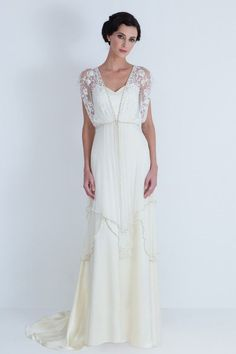 Gorgeous! If I was ever to get married... Catherine Deane. Lita Wedding by lynnette