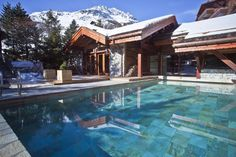 LE BLIZZARD HOTEL & SPA, Val d'Isère (French Alps) Le Blizzard 5* stands in the heart of the ski resort, facing the Bellevarde Olympic slopes. It is only 100 meters away from the slopes and #ski lifts, and few steps from the old #village. #luxurytravel #franta http://exclusiveluxurytravel.ro/