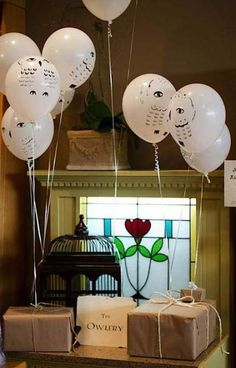 30 Ideas Baby Shower Ides Harry Potter Halloween Party For 2019 Baby Harry Potter, Harry Potter Baby Shower, Harry Potter Enfants, Harry Potter Motto Party, Cadeau Harry Potter, Harry Potter Fiesta, Harry Potter Halloween Party, Theme Harry Potter, Anniversaire Harry Potter