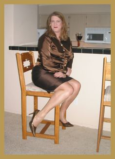 CROSSDRESS | Kathryn DuBois - Crossdressing Pantyhose Princess