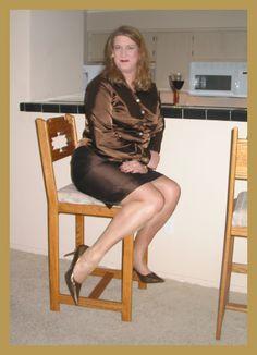 CROSSDRESS | Kathryn DuBois - Crossdressing Pantyhose Princess