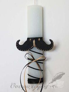 Σιέλ πασχαλινή λαμπάδα με μαύρο ξύλινο μουστάκι Candle Sconces, Wall Lights, Candles, Diy, Decor, Appliques, Decoration, Bricolage, Candy