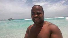 Prainha #arraialdocabo #euamoarraialdocabo #arraialdocaborj #negroestiloso #afroman #praia #caribean #viagemperfeita #caribebrasileiro #melhoresdestinos #phototraveling #photos #phototravel #beautifulvacations #blogmochilando #sunset #gopro #blogmochilando #adventure #brazilgram_ #trippics #travelgram #vidademochila #bestvacations #doyoutravel #selfiee #selfiepelomundo by aldair.jose.79