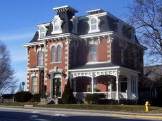 Old Doctor's House, Stirling, Ontario. Victorian Homes, Victorian Era, Beautiful Homes, Beautiful Places, Second Empire, Empire Style, Stirling, Kingston, Old Houses