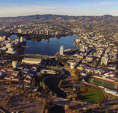Just can't wait for the sun to come back, so here. #Oakland #oaklandloveit #wildbayarea #wildcalifornia #exploreoak #oaklandish #bayareabuzz #bestofbayarea #sfgate #hellabay #eastbay #abc7now #nbcbayarea #bayarea #djiglobal #droneoftheday #dronesdaily #laneycollege
